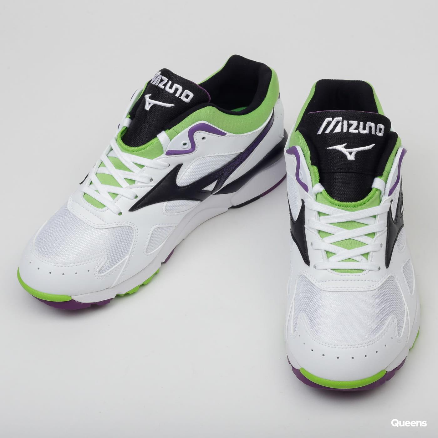 Mizuno Sky Medal white / black / jasmine green