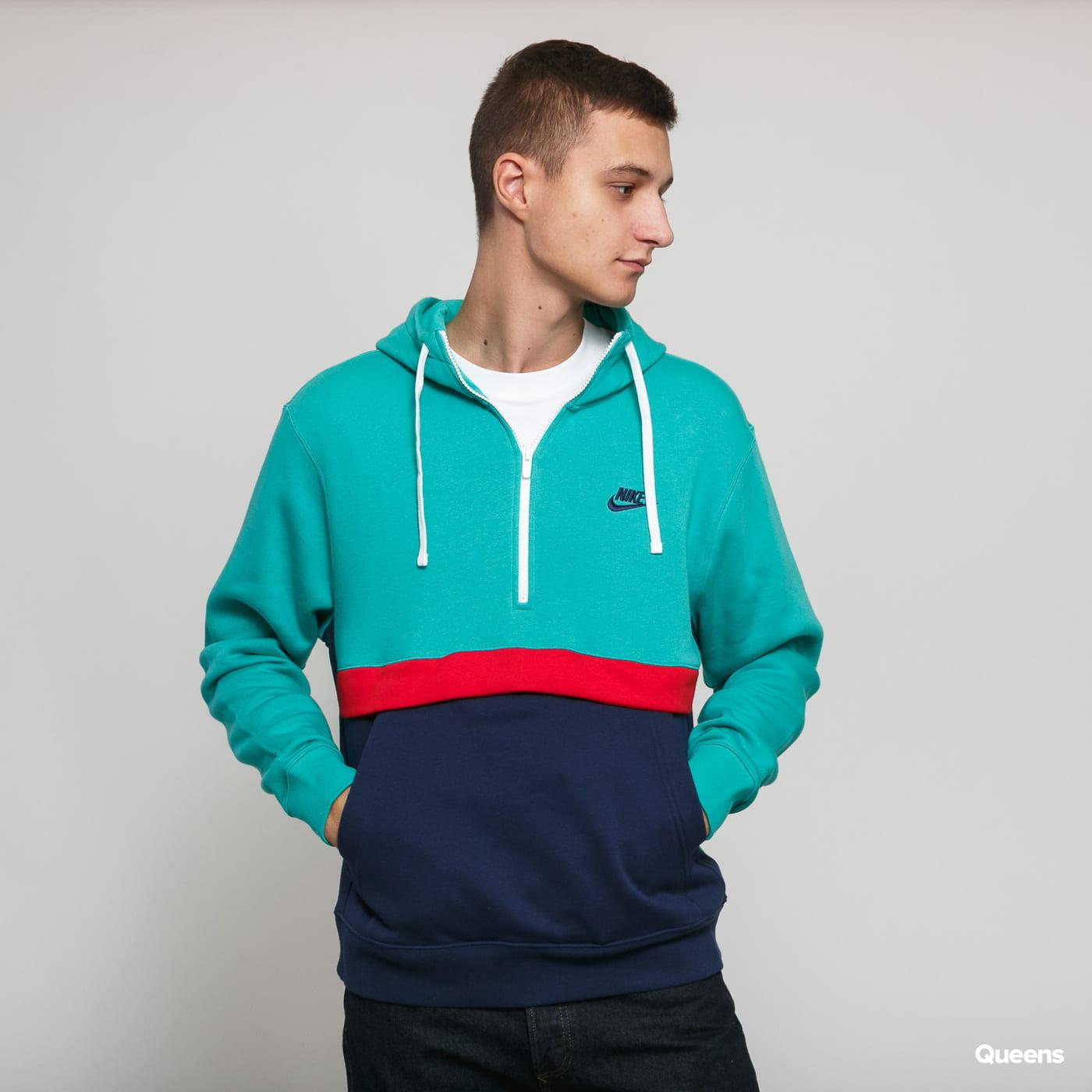 nike hoodie club