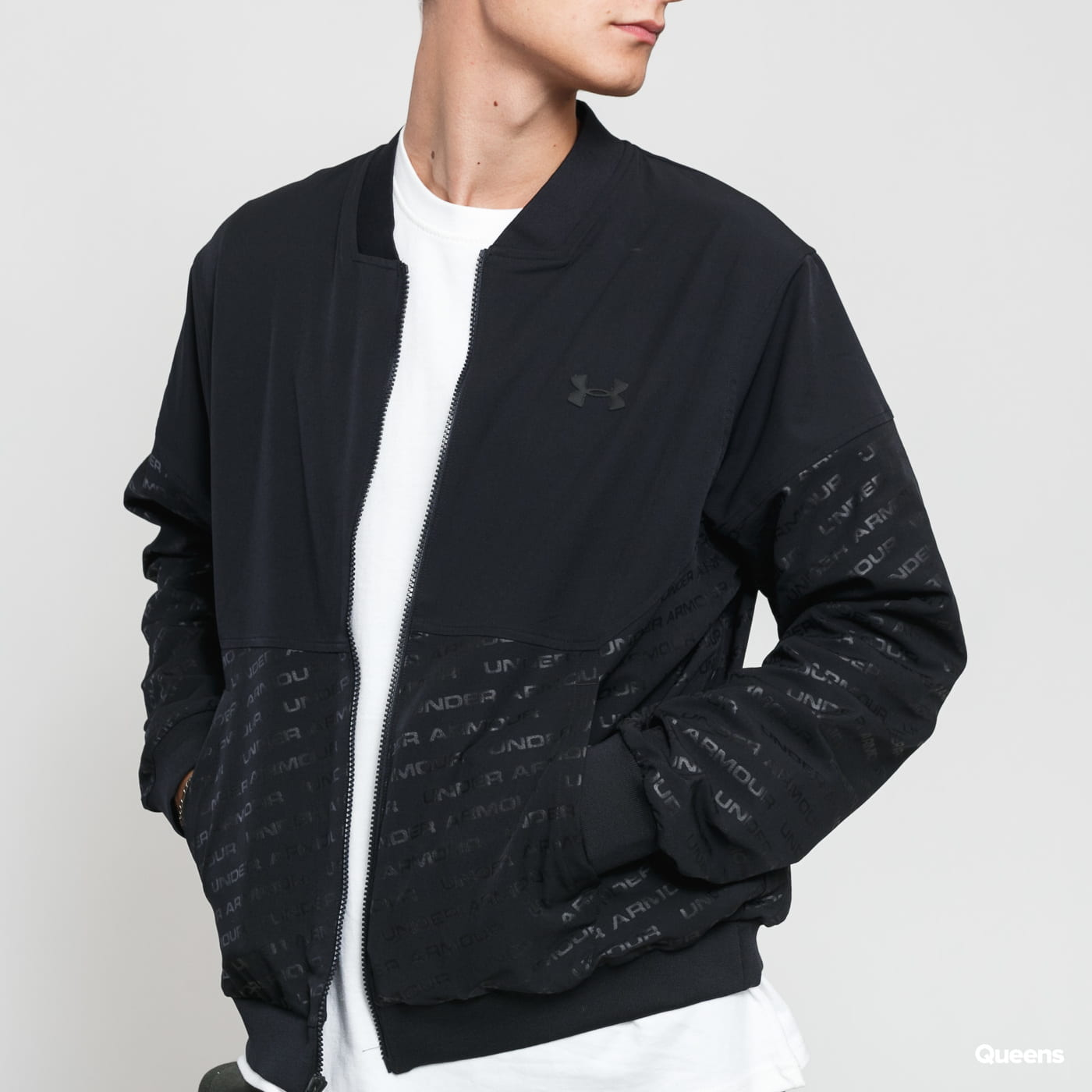 Under Armour Unstoppable Emboss Bomber čierna