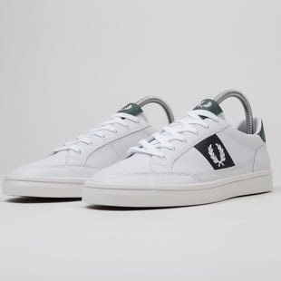 FRED PERRY B7120