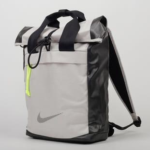 Nike W NK Radiate Backpack - WNTRZD