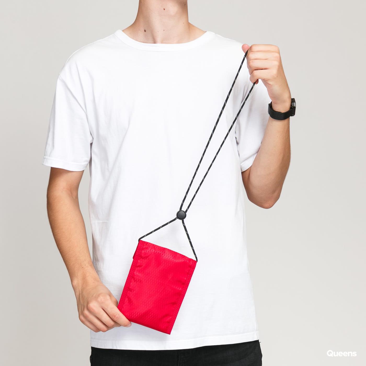 Jordan Tri-Fold Pouch red