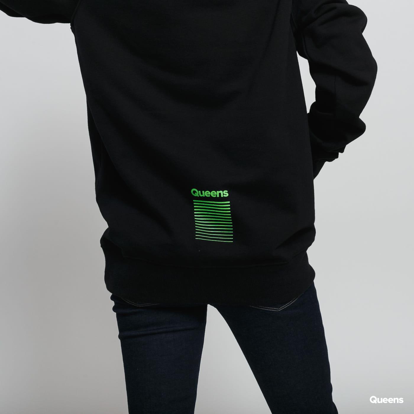 Queens Streetwear Game Hoodie čierna