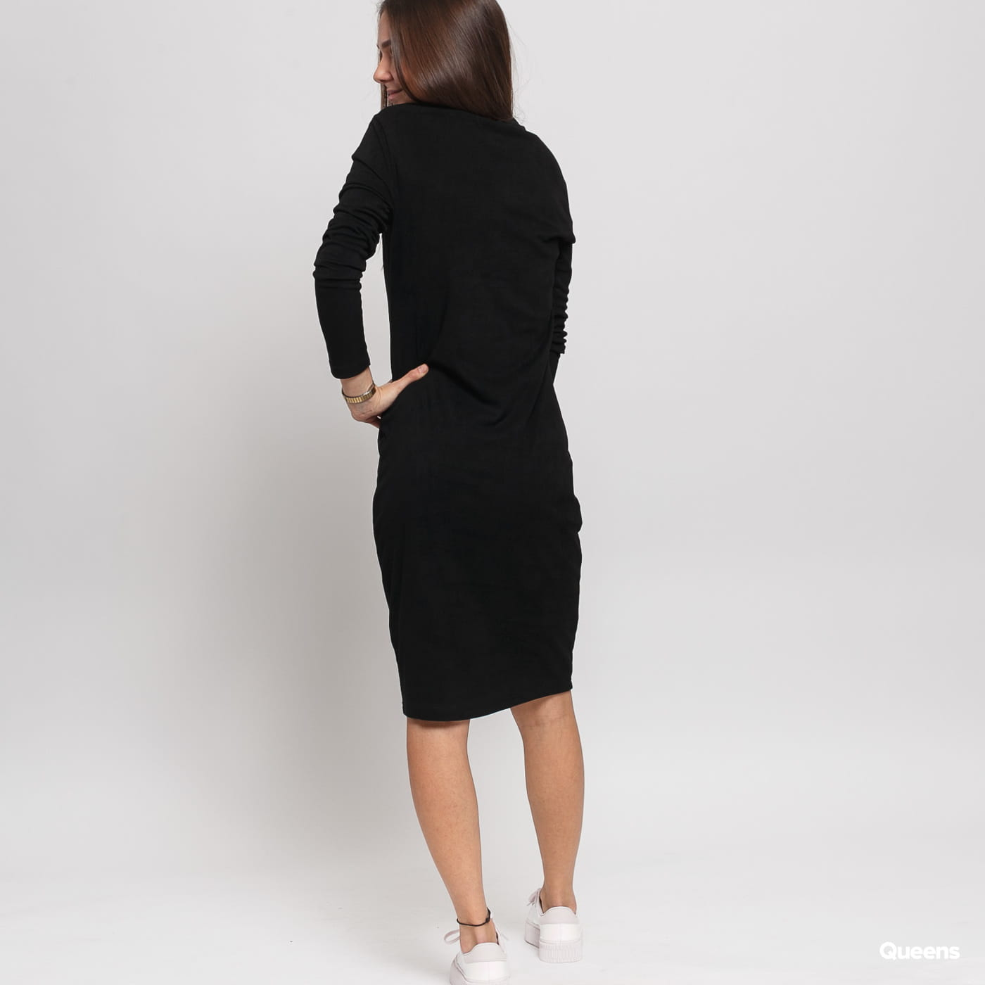 Urban Classics Ladies Peached Rib Dress LS čierne