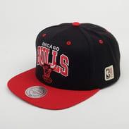 Mitchell & Ness HWC NBA Team Arch Chicago Bulls čierna / červená / šedá