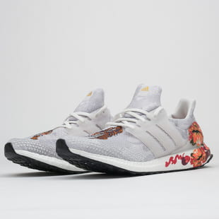 adidas Performance UltraBoost DNA
