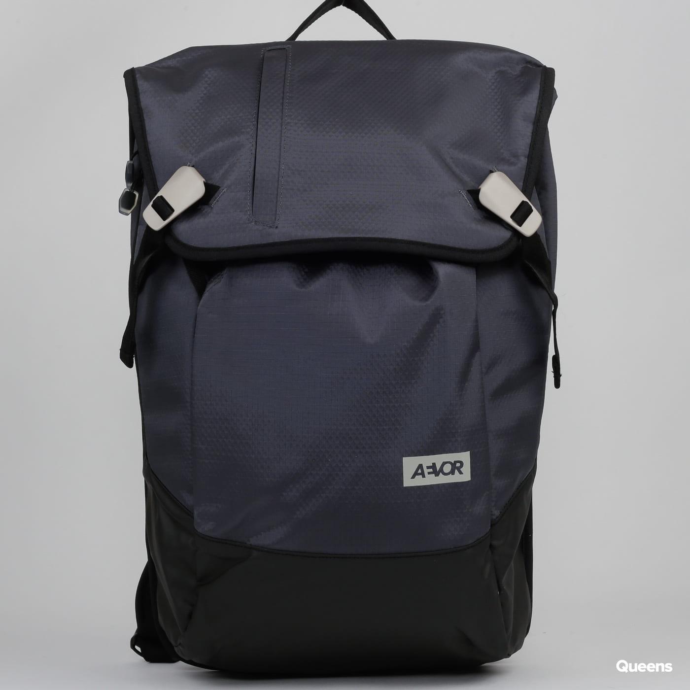 AEVOR Daypack Proof tmavošedý