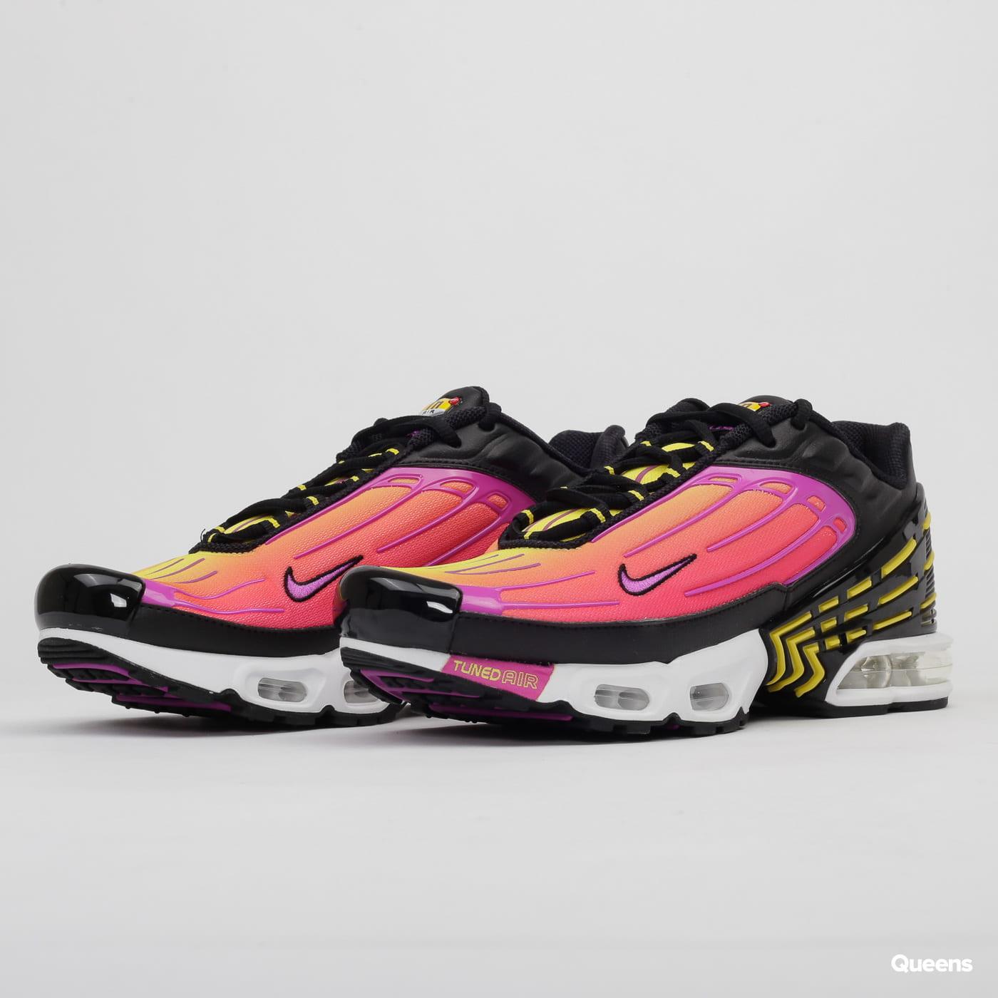 Nike Air Max Plus III black / hyper violet