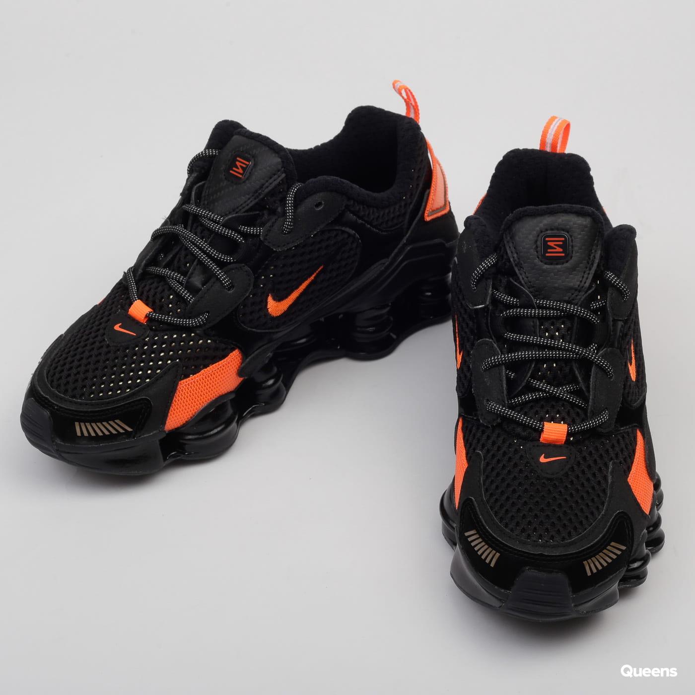 Nike W Shox TL Nova SP black / mtlc field - hyper crimson