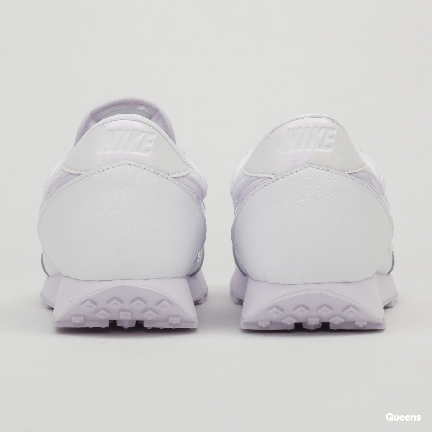 Nike WMNS Daybreak white / barely grape
