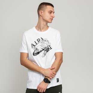 Nike M NSW Tee Seasonal 1