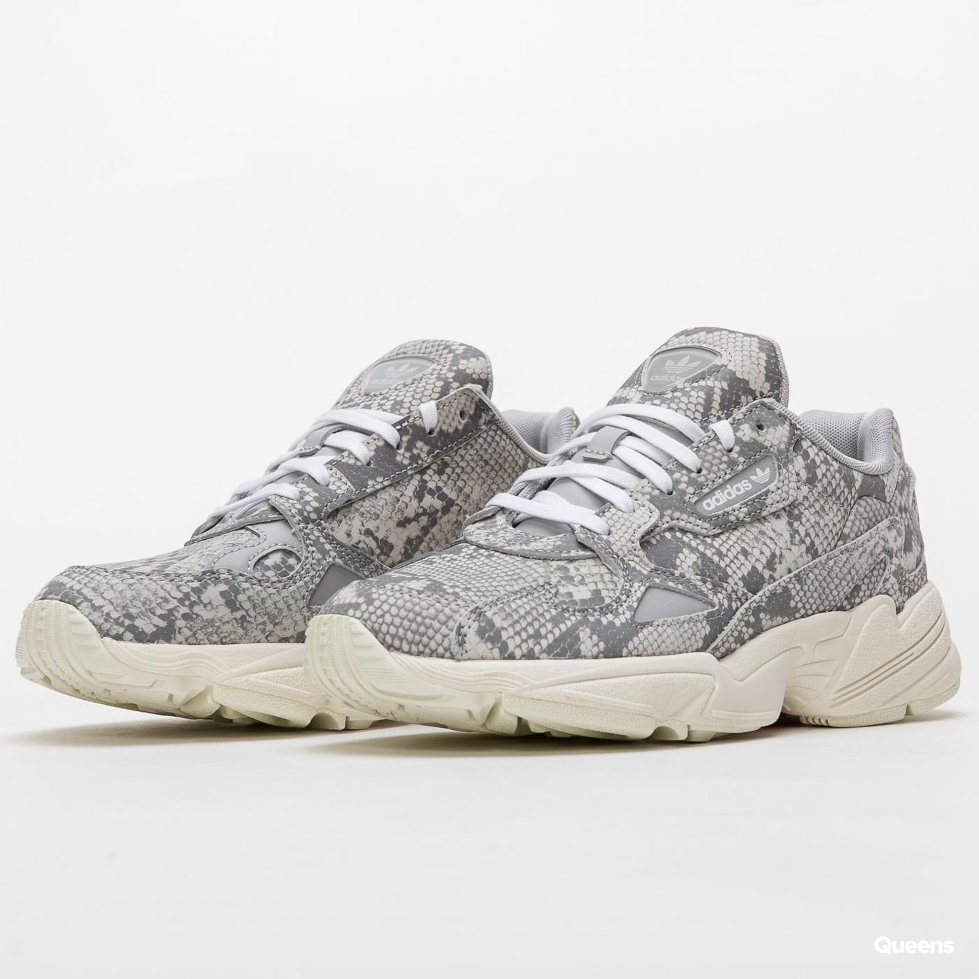 adidas Originals Falcon W owhite / gretwo / ftwwht
