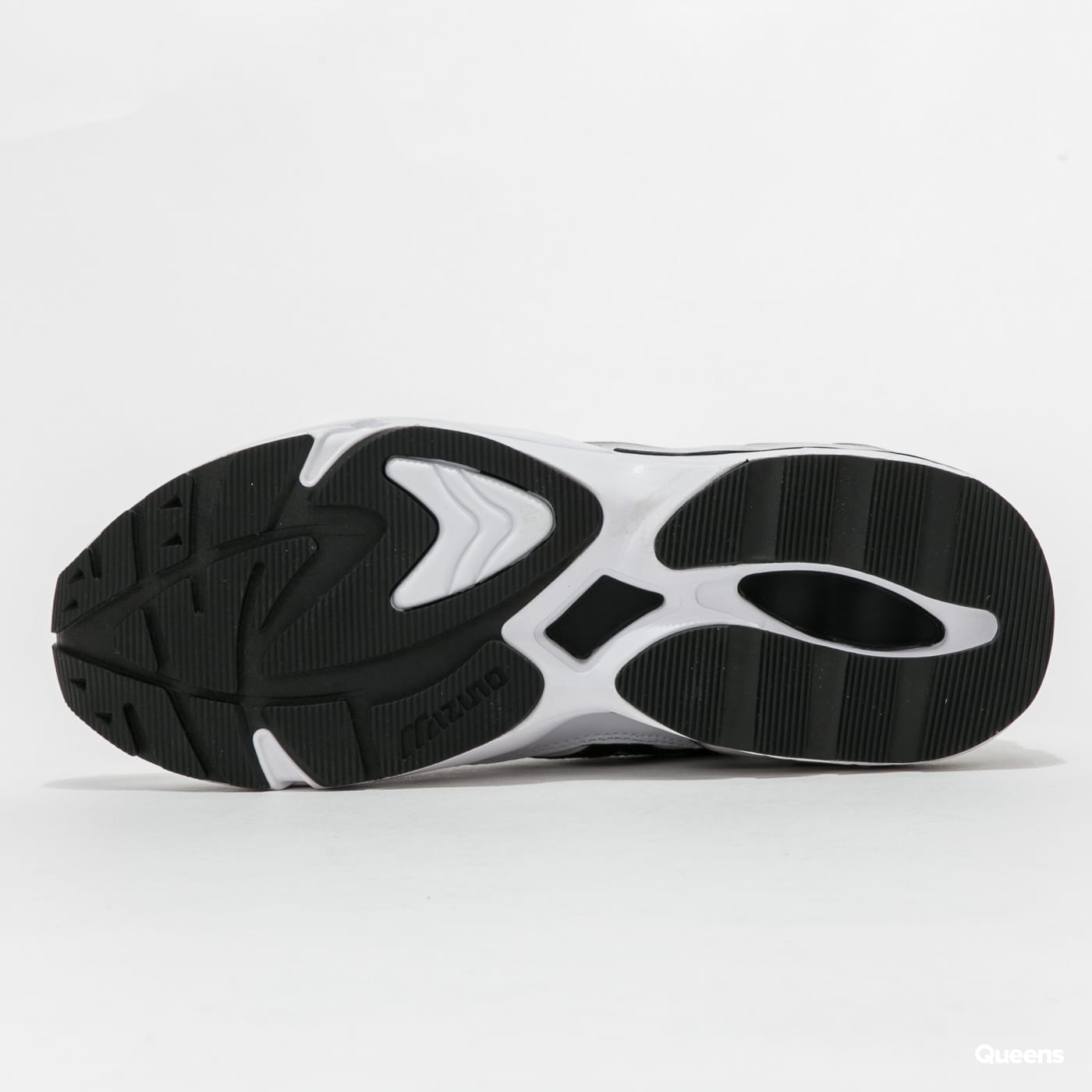 Mizuno Wave Rider 1 white / black