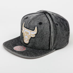 Mitchell & Ness Snow Washed Natural Snapback Chicago Bulls