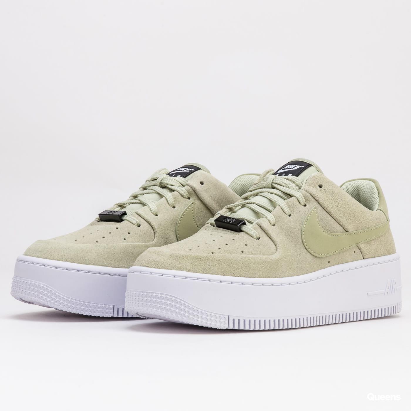 Nike W AF1 Sage Low olive aura / olive