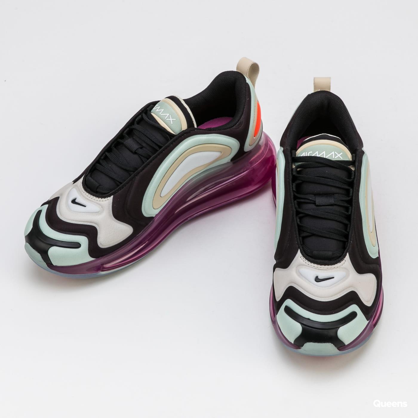 Nike W Air Max 720 black / black - fossil