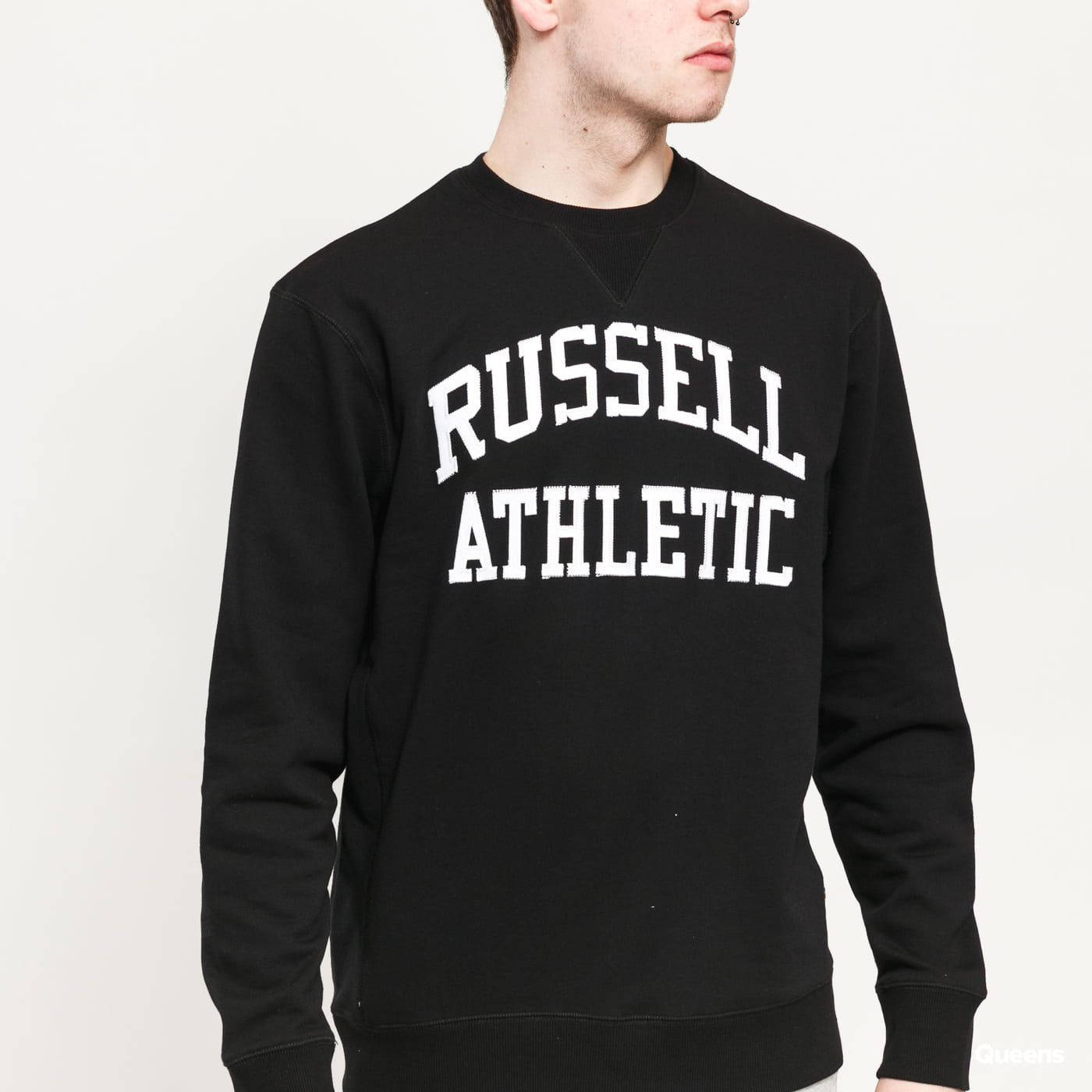 RUSSELL ATHLETIC Arch Logo Crew black