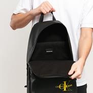 CALVIN KLEIN JEANS Coated Cotton Campus Backpack černý