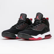 Jordan Maxin 200 black / gym red - white
