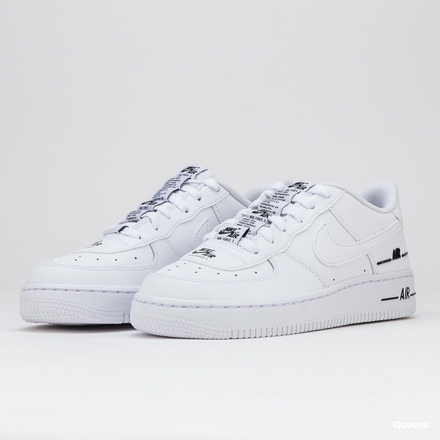La oficina Rizado Espinas  Nike Air Force 1 LV8 3 (GS) white / white - black (CJ4092-100) – Queens 💚
