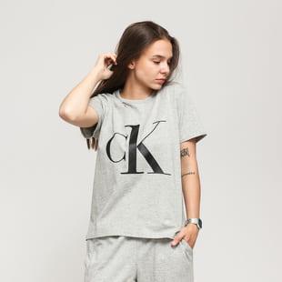 Calvin Klein CK ONE SS Crew Neck Tee C/O