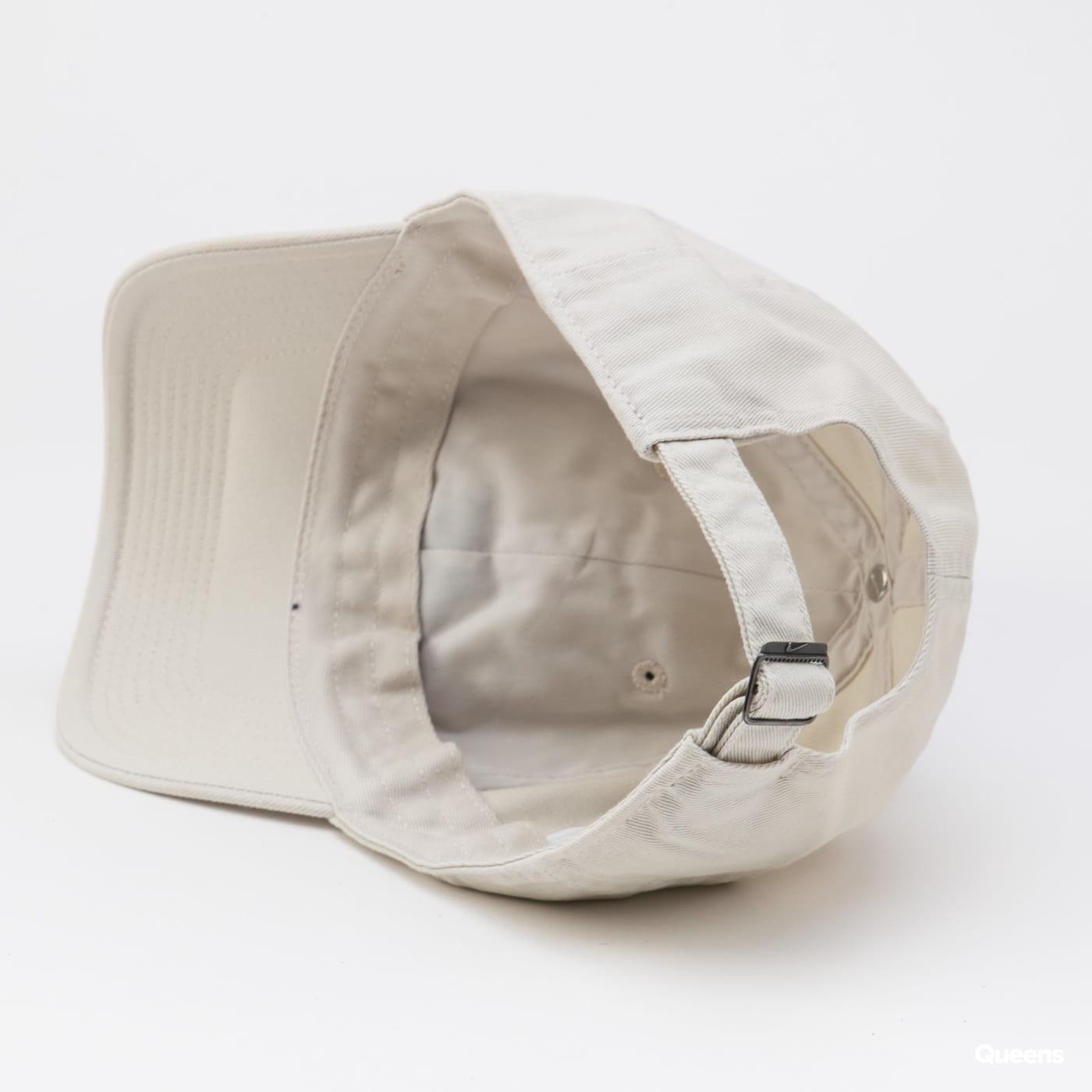 Nike U NSW H86 Futura Wash Cap cream