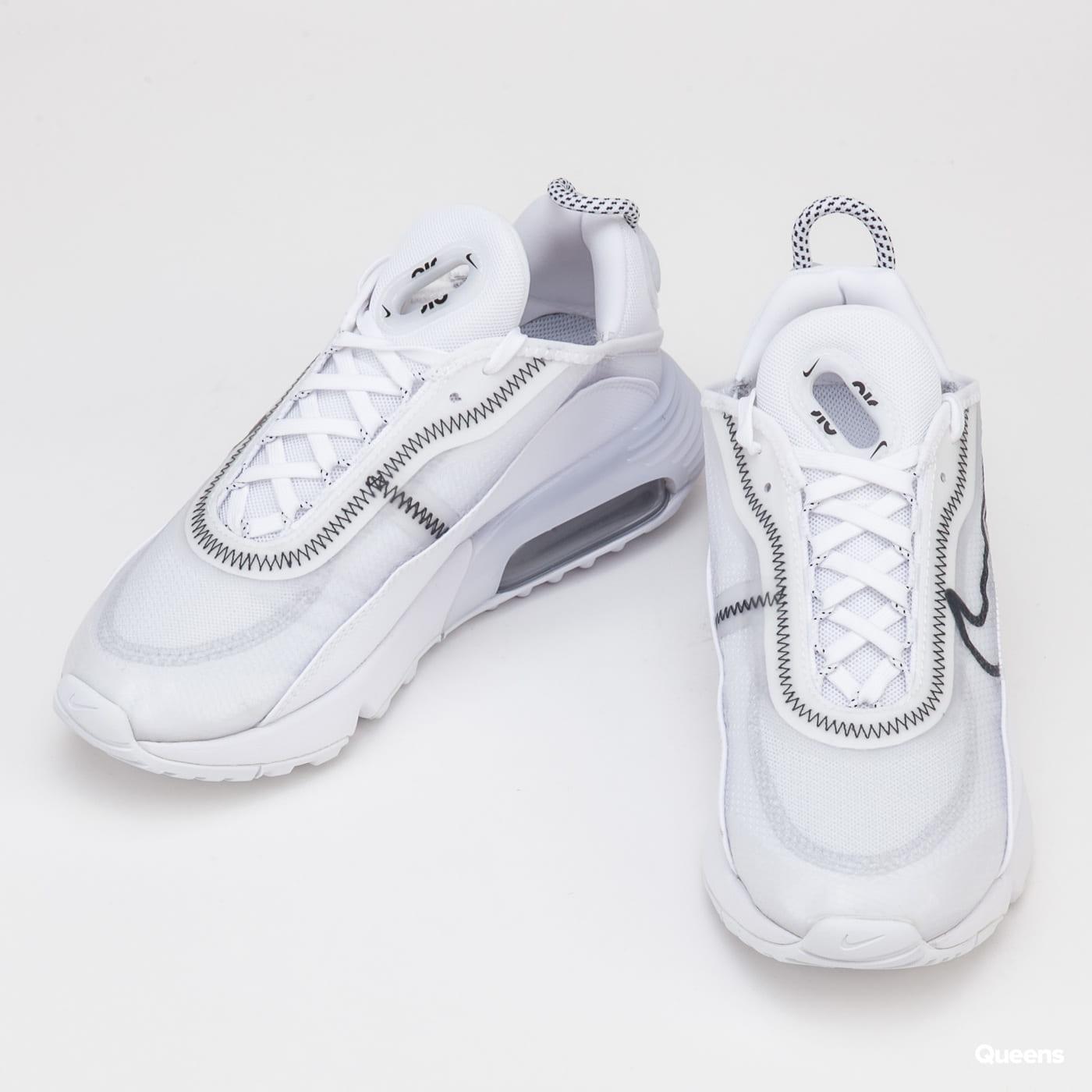 Nike W Air Max 2090 white / black - wolf grey