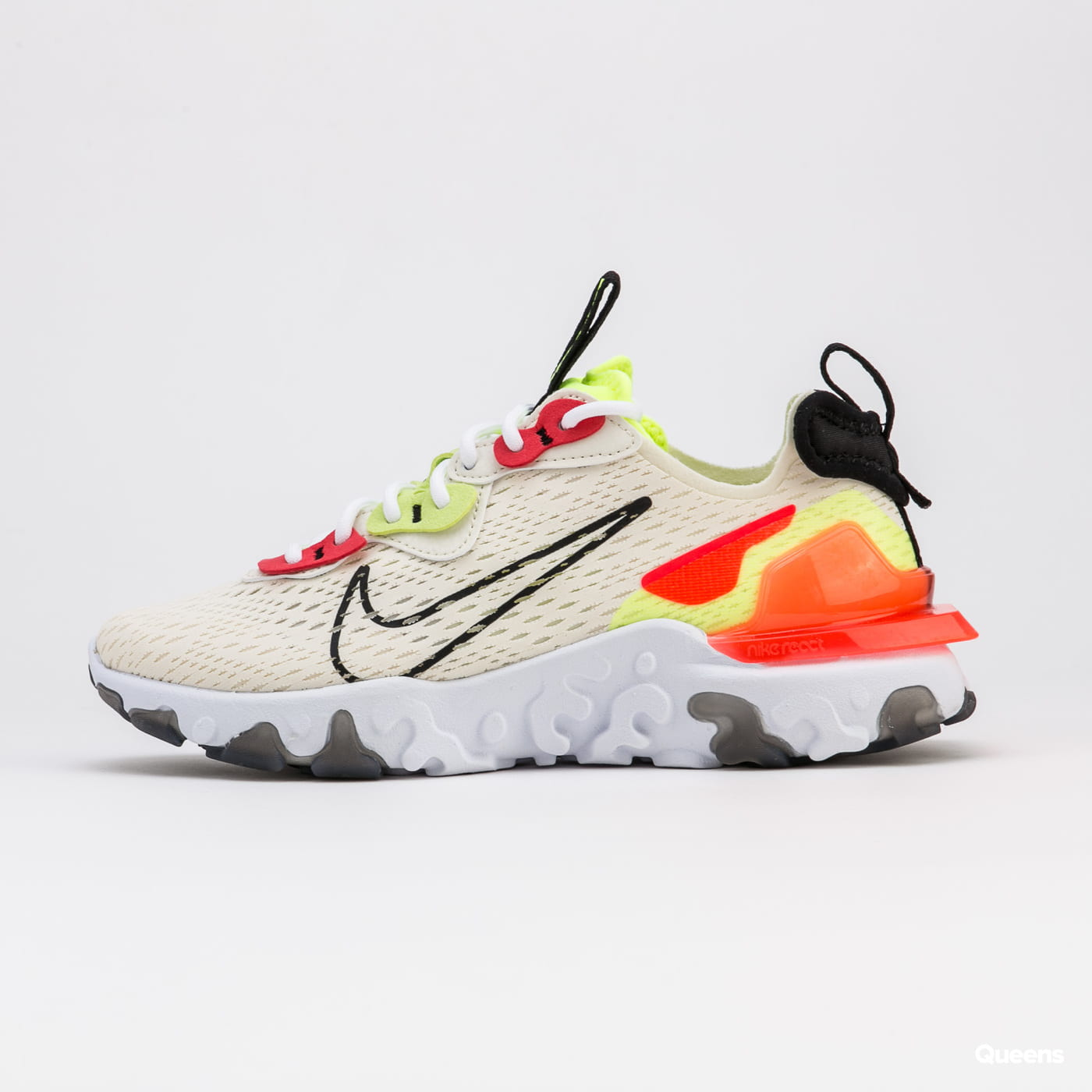 Nike W NSW React Vision pale ivory / black - volt