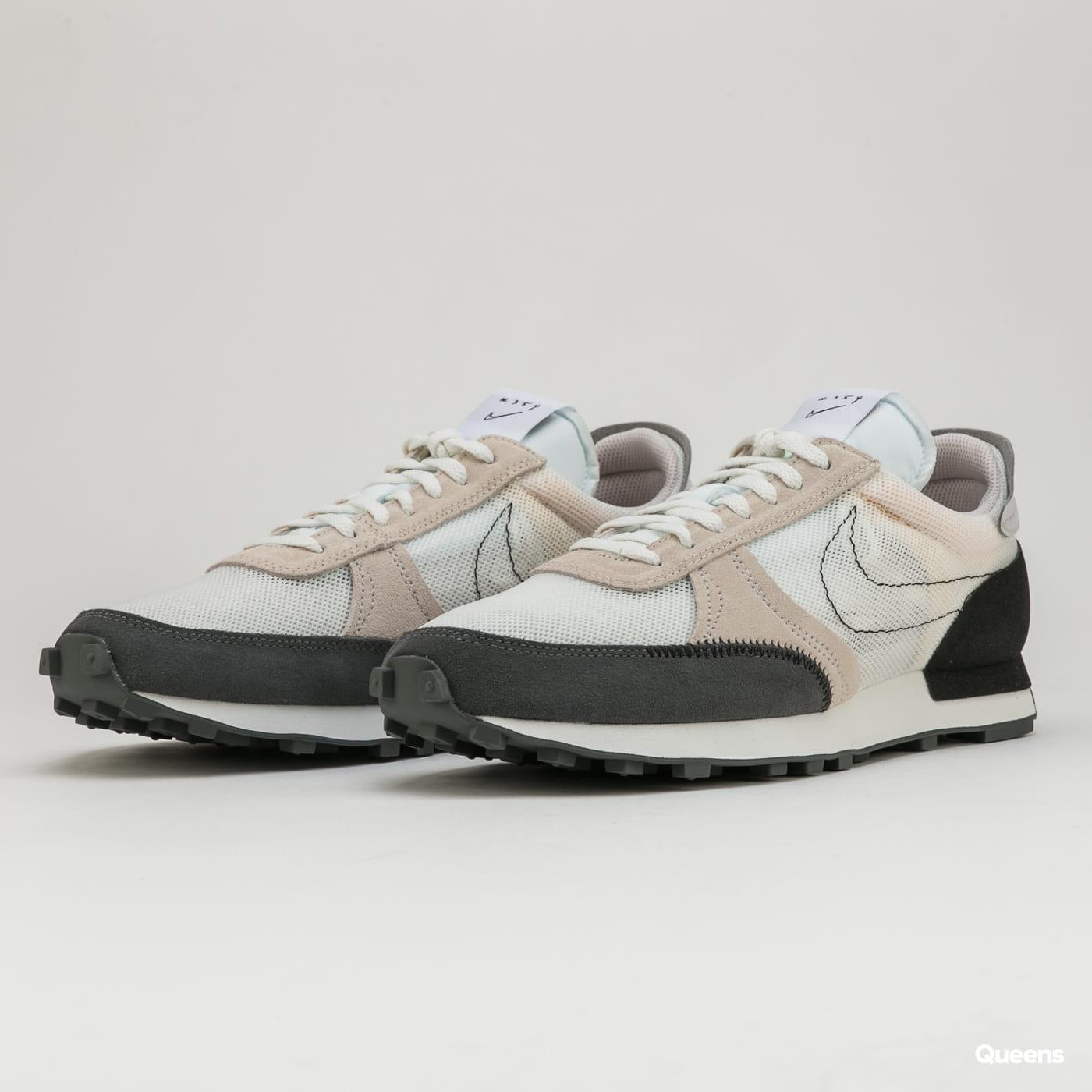 Nike Dbreak - Type