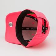 New Era 940K MLB League Essential Neon NY neon růžová