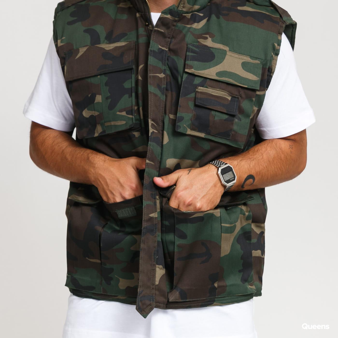 Urban Classics Ranger Vest camo green