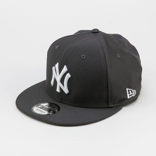 New Era 950 MLB Hex Tech NY