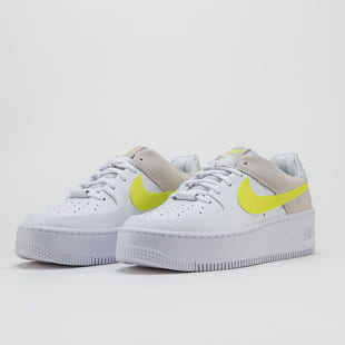 Nike WMNS AF1 Sage Lo