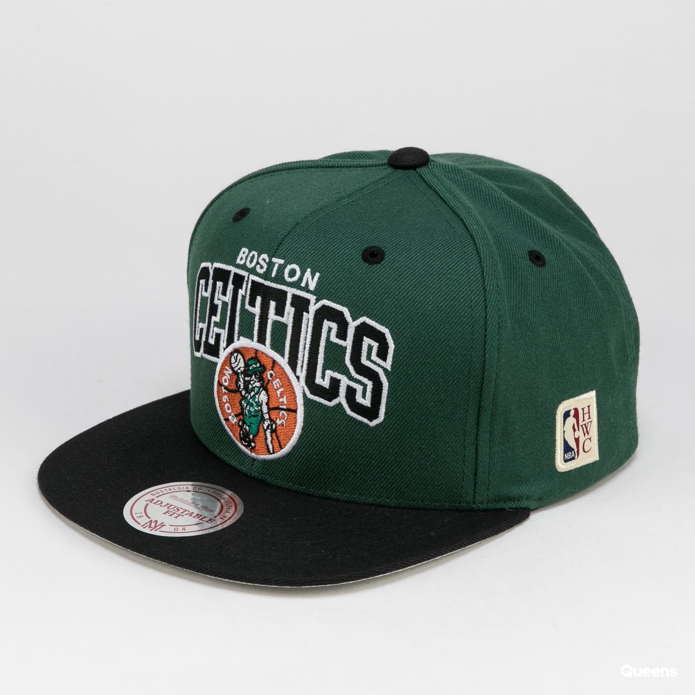 Mitchell & Ness HWC Team Arch Snapback Boston Celtics tmavě zelená / černá