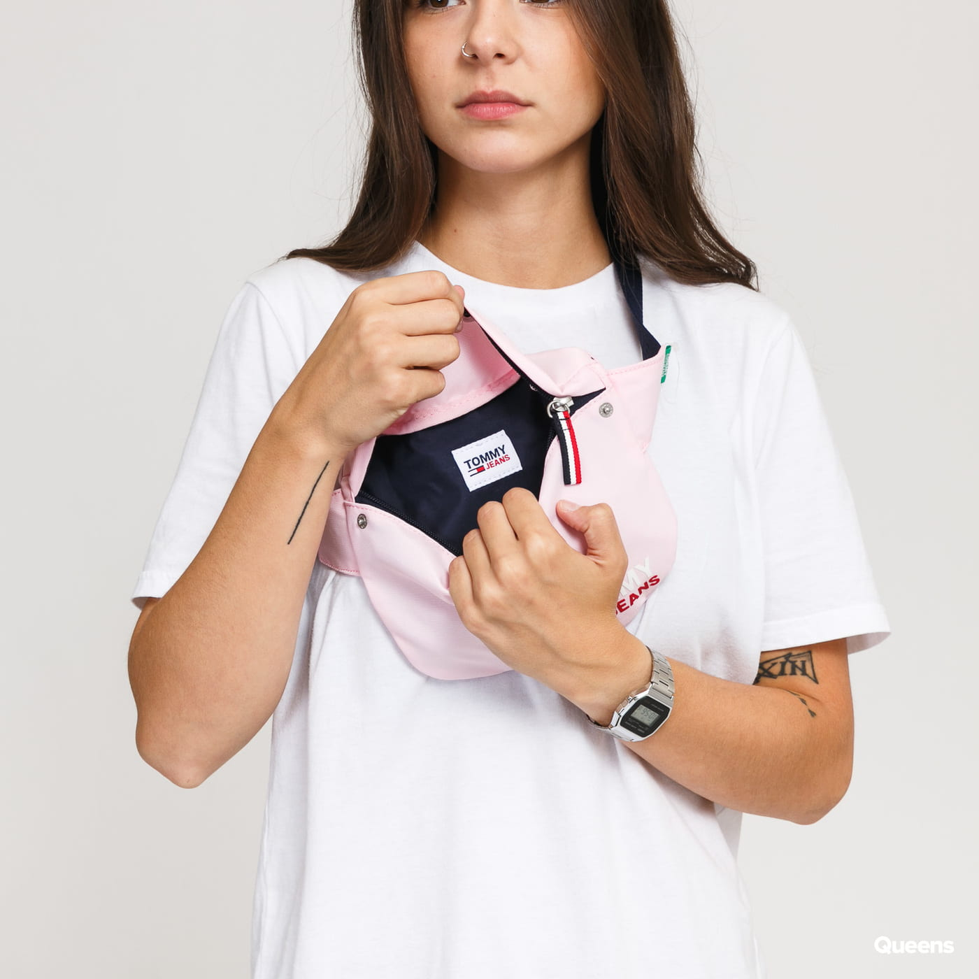 TOMMY JEANS Campus Girl Bumbag light pink
