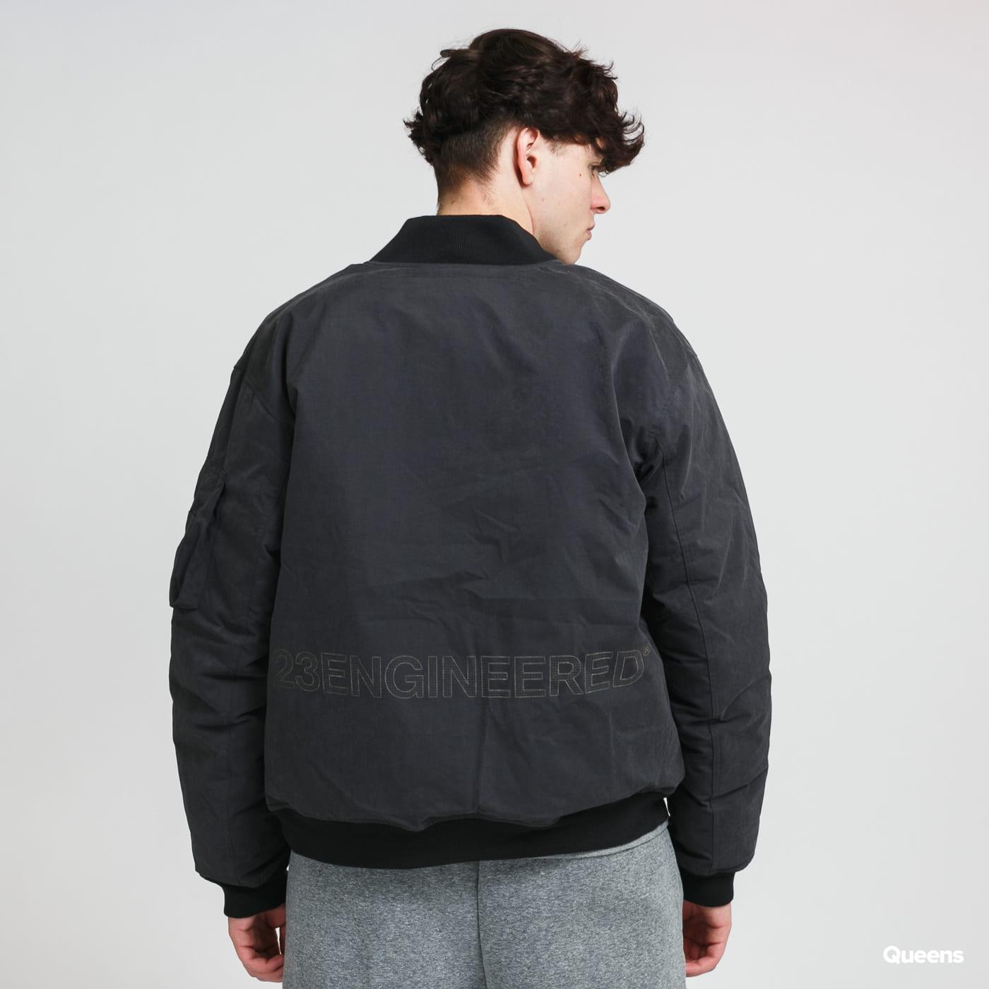 Jordan M J 23Engineered MA1 Down Jacket black