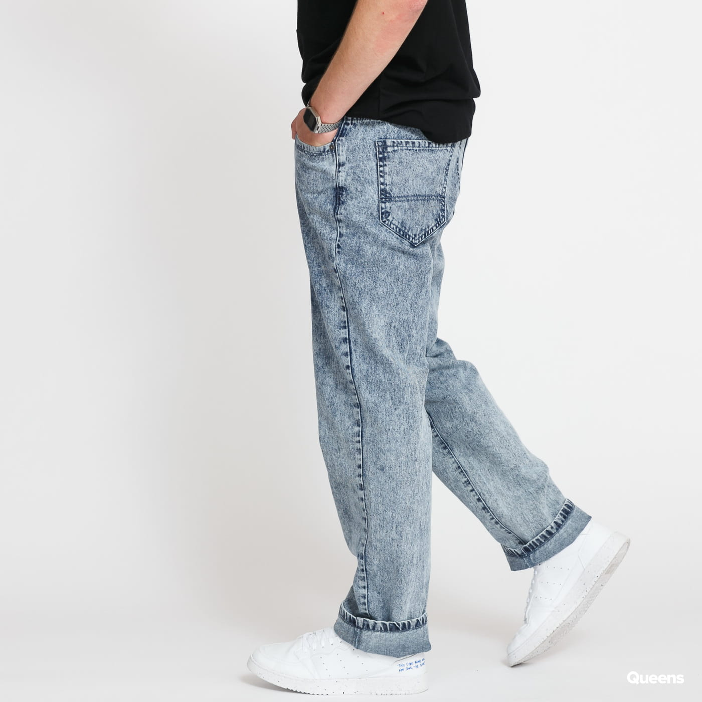 Urban Classics Loose Fit Jeans light skyblue acid