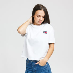 TOMMY JEANS W Tommy Badge Tee