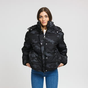 Urban Classics Ladies Boyfriend Camo Puffer Jacket