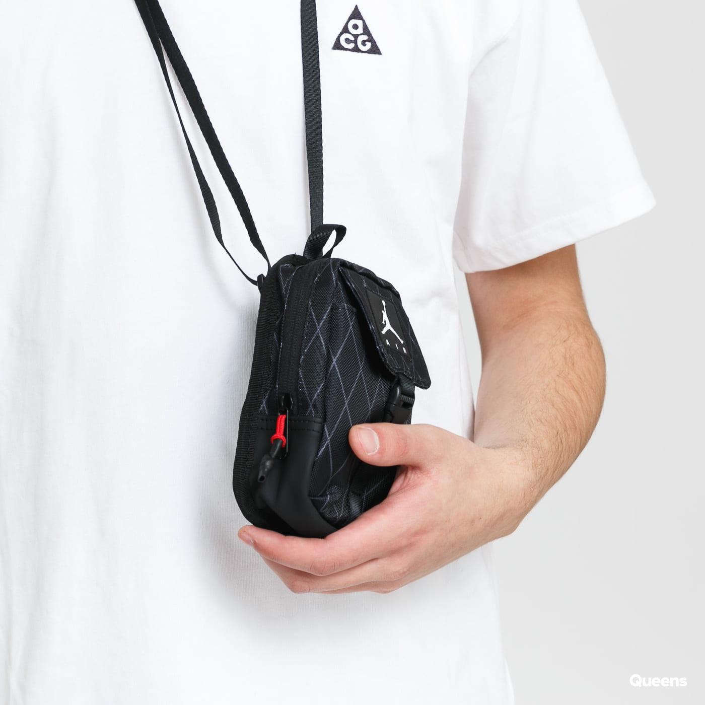 Jordan Anti-Graviti Pouch black / gray