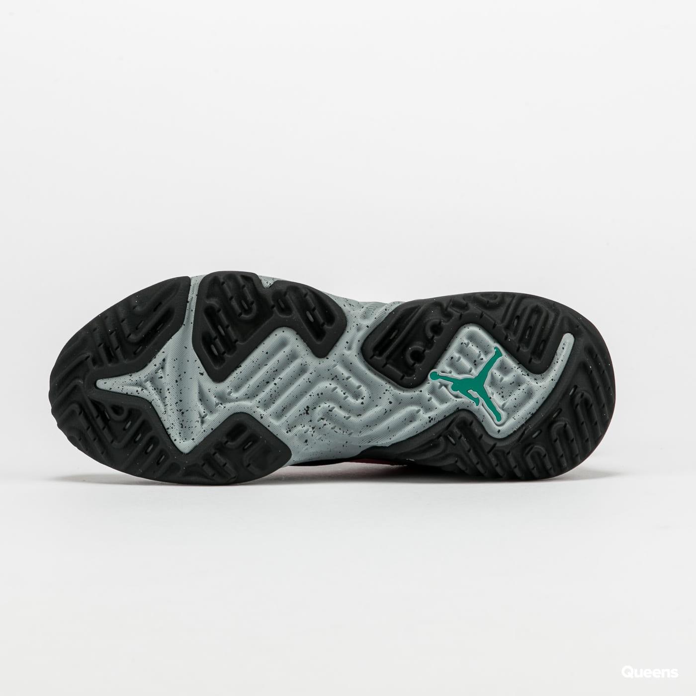 Jordan Delta black / neptune green