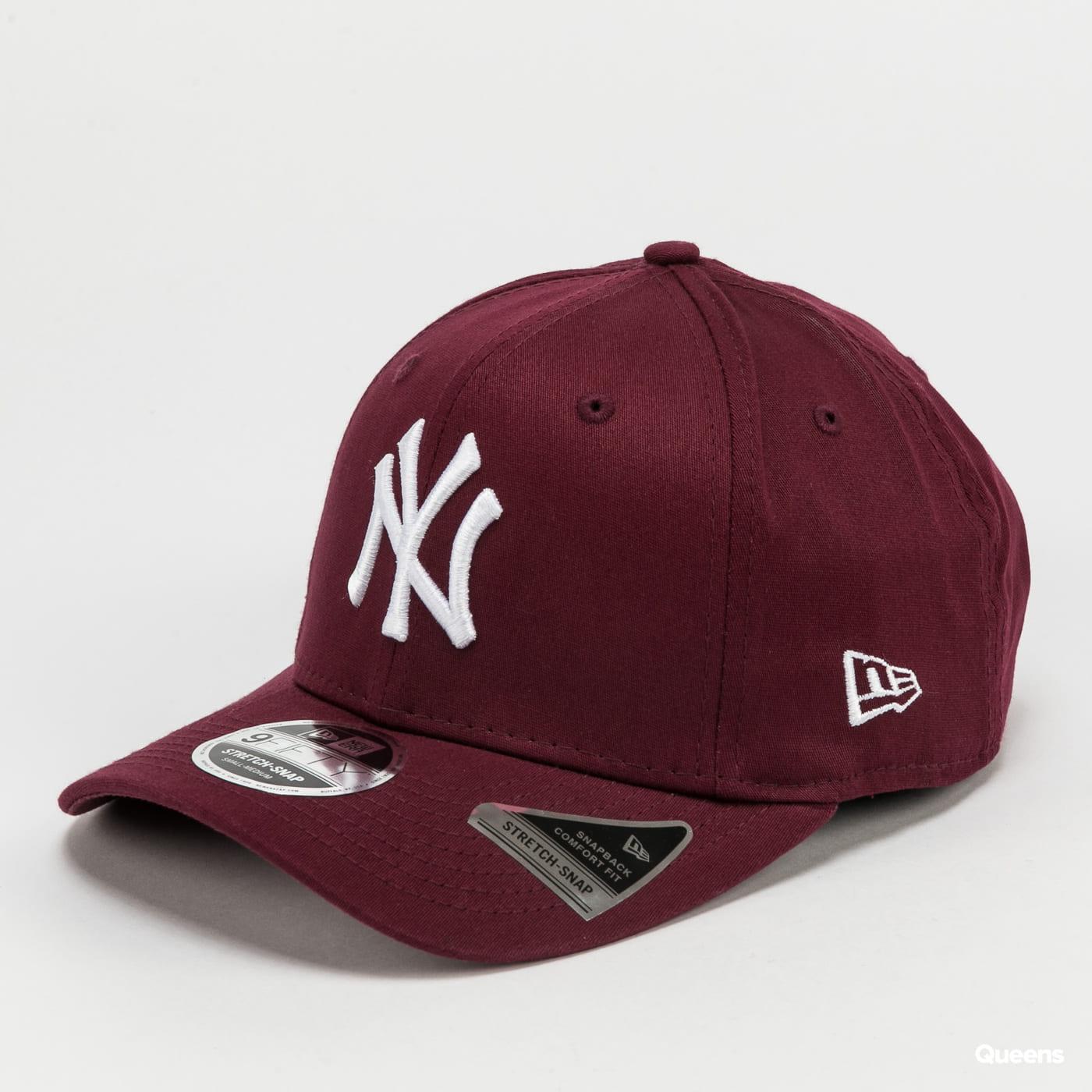 New Era 950 MLB Colour Essential Stretch NY vínová
