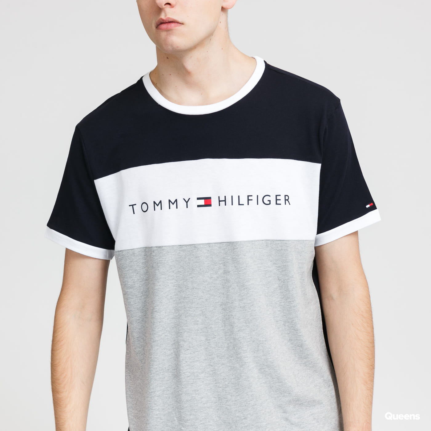 Tommy Hilfiger CN SS Tee Logo Flag melange šedé / bílé / navy
