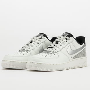 Nike WMNS Air Force 1 '07 SE