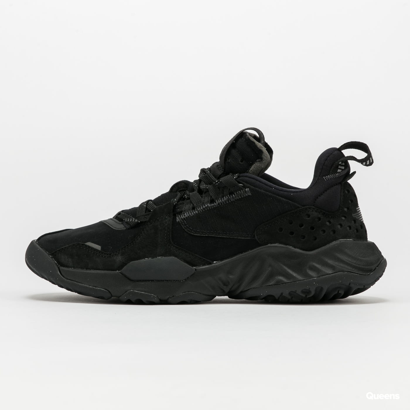 Jordan Delta Premium black / anthracite - volt