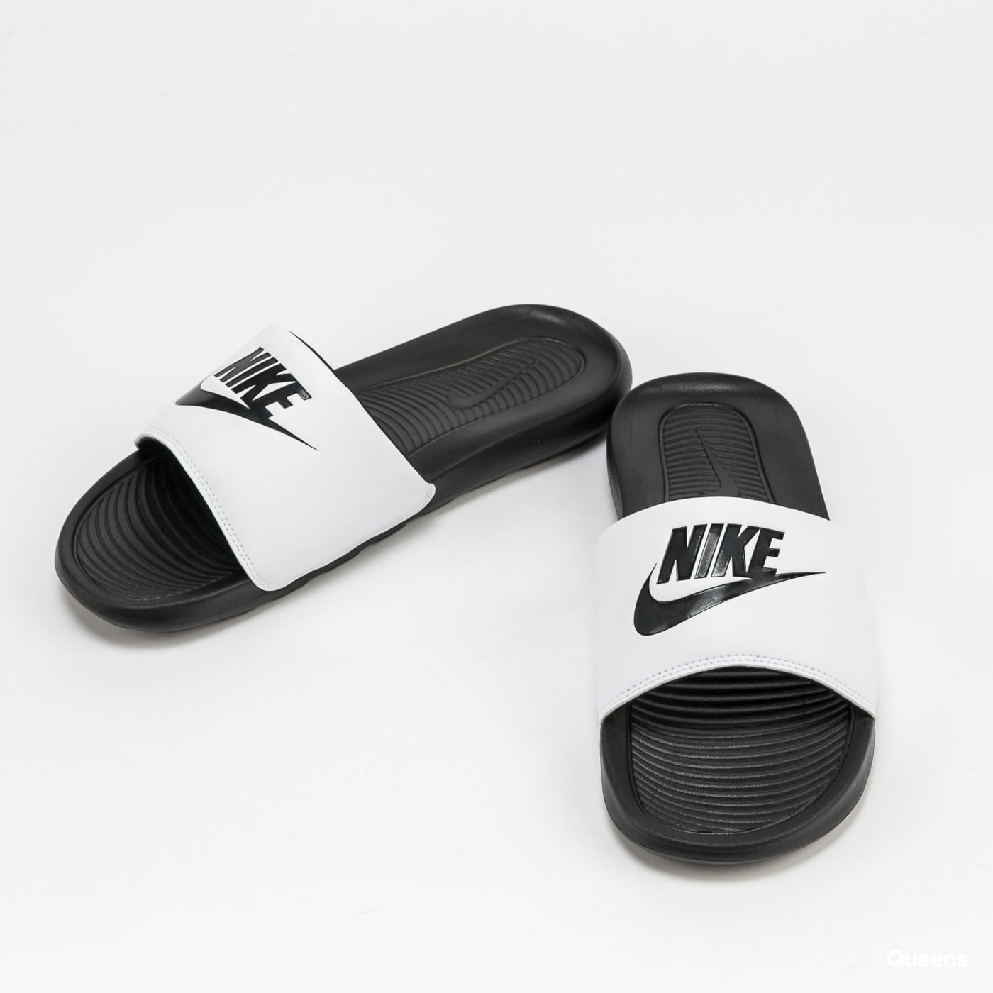Nike Victori One Slide black / black - white