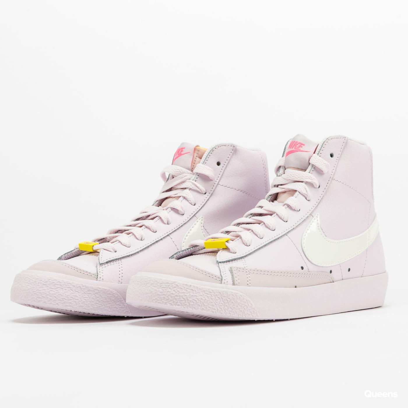 Nike WMNS Blazer Mid '77 violet / sail - digital pink (CZ0376-500 ...