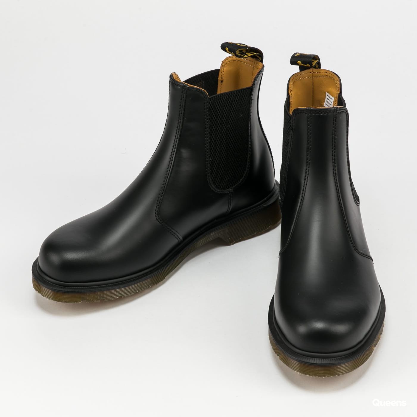 Dr. Martens 2976 black smooth