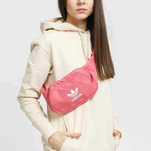 adidas Originals Essential Cbody