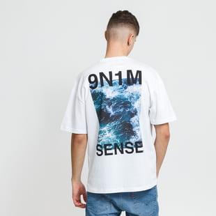 9N1M SENSE. Waves Tee